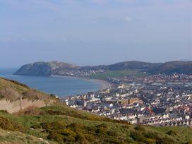 The View - North Wales - 963173 - thumbnail photo 32