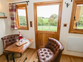 The Clydes - North Wales - 963409 - thumbnail photo 4