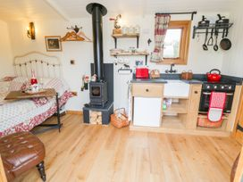 The Clydes - North Wales - 963409 - thumbnail photo 7