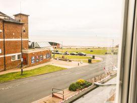 Flat 2, 4 St Edmund's Terrace - Norfolk - 963738 - thumbnail photo 26