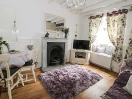 Cosy Cottage - Whitby & North Yorkshire - 963828 - thumbnail photo 3