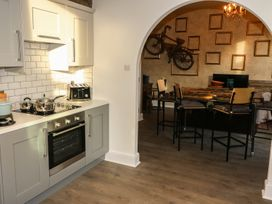 One Eight Three Guest Cottage - Yorkshire Dales - 964037 - thumbnail photo 9