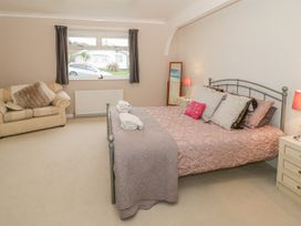 Bay Lodge - Anglesey - 964135 - thumbnail photo 17