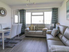 144 Sunbeach Chalet - Norfolk - 964315 - thumbnail photo 3