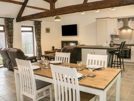 1 Beacon View Barn - Mid Wales - 965450 - thumbnail photo 5
