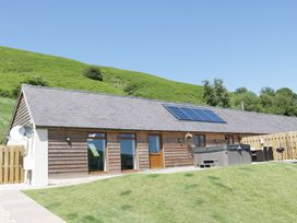 1 Beacon View Barn - Mid Wales - 965450 - thumbnail photo 1