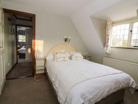 The Lodge off High Street - Suffolk & Essex - 965750 - thumbnail photo 10