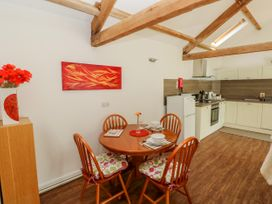 Poppy Cottage - South Wales - 965916 - thumbnail photo 7
