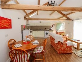 Poppy Cottage - South Wales - 965916 - thumbnail photo 8