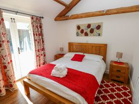 Poppy Cottage - South Wales - 965916 - thumbnail photo 12