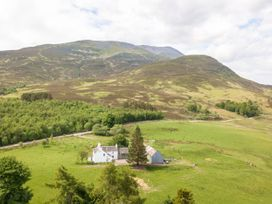 Braes of Foss Farmhouse - Scottish Lowlands - 966025 - thumbnail photo 60
