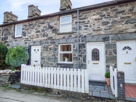 2 White Street - North Wales - 966238 - thumbnail photo 1
