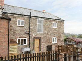 5 bedroom Cottage for rent in Leominster