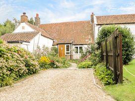 Mrs Dale's Cottage - Norfolk - 966684 - thumbnail photo 1