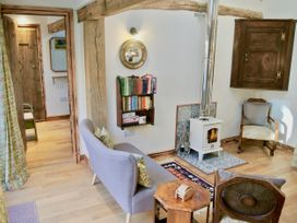 Nest Holiday Hideaway | Dove Cottage - Shropshire - 966796 - thumbnail photo 2