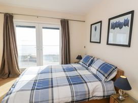 Penthouse 18, West End Point - North Wales - 967066 - thumbnail photo 11