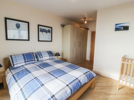 Penthouse 18, West End Point - North Wales - 967066 - thumbnail photo 13