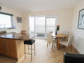 Penthouse 18, West End Point - North Wales - 967066 - thumbnail photo 10