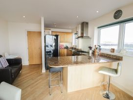 Penthouse 18, West End Point - North Wales - 967066 - thumbnail photo 8