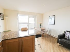 Penthouse 18, West End Point - North Wales - 967066 - thumbnail photo 7