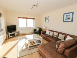 Penthouse 18, West End Point - North Wales - 967066 - thumbnail photo 1