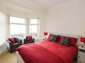 Apartment 3 Marian Y Mor - North Wales - 967080 - thumbnail photo 9