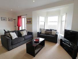 Apartment 3 Marian Y Mor - North Wales - 967080 - thumbnail photo 4