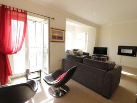 Apartment 3 Marian Y Mor - North Wales - 967080 - thumbnail photo 6
