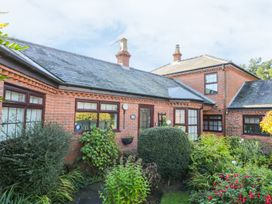 Cherry Tree Cottage - North Yorkshire (incl. Whitby) - 967115 - thumbnail photo 1