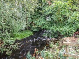 Rottal Bothy - Scottish Lowlands - 967381 - thumbnail photo 10