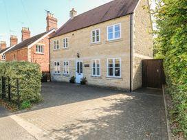 3 bedroom Cottage for rent in Stamford