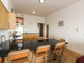 21 West End Point - North Wales - 967627 - thumbnail photo 4