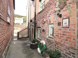 The Old Cottage - Whitby & North Yorkshire - 967675 - thumbnail photo 7