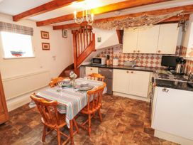 The Old Cottage - Whitby & North Yorkshire - 967675 - thumbnail photo 4
