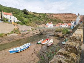 The Old Cottage - Whitby & North Yorkshire - 967675 - thumbnail photo 8