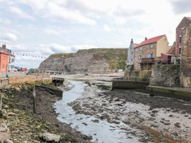 The Old Cottage - Whitby & North Yorkshire - 967675 - thumbnail photo 11