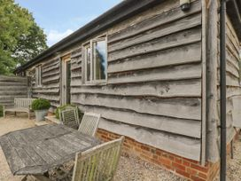 The Old Cart Shed - South Coast England - 967949 - thumbnail photo 2