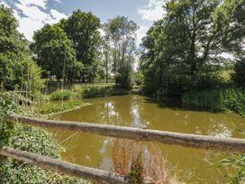 Pond View - South Coast England - 967959 - thumbnail photo 15