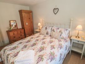 Ivy Cottage - Whitby & North Yorkshire - 967987 - thumbnail photo 9
