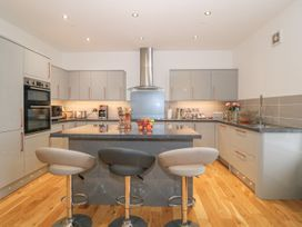 Bryn Mel Apartment - Anglesey - 968093 - thumbnail photo 6