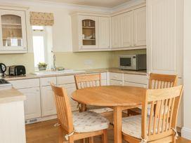 Bluebell Cottage at Honeywood - Somerset & Wiltshire - 968161 - thumbnail photo 7