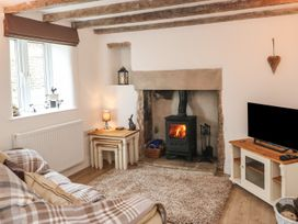 Wags Cottage - Peak District - 968255 - thumbnail photo 5