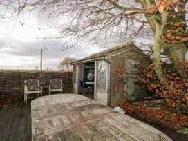 Larkwhistle Cottage - Somerset & Wiltshire - 968583 - thumbnail photo 39