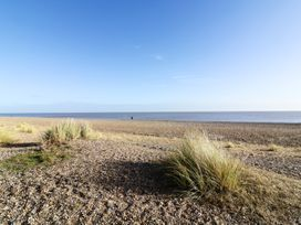 114 By The Sea - Suffolk & Essex - 968854 - thumbnail photo 13