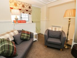 Kennel Master Cottage - Whitby & North Yorkshire - 968959 - thumbnail photo 2
