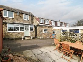 Kennel Master Cottage - Whitby & North Yorkshire - 968959 - thumbnail photo 16