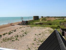 Shore - Kent & Sussex - 969050 - thumbnail photo 18