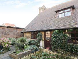 Glebe Hall Apartment - Whitby & North Yorkshire - 969177 - thumbnail photo 1