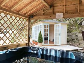 Rock Cottage - Mid Wales - 969270 - thumbnail photo 17