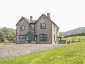 5 bedroom Cottage for rent in Presteigne
